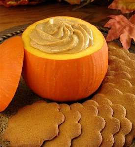 spice-cookies-with-pumpkin-dip