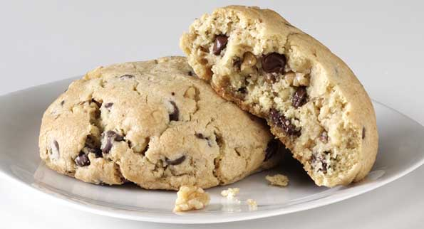 Chocolate Chip with Walnuts cookie